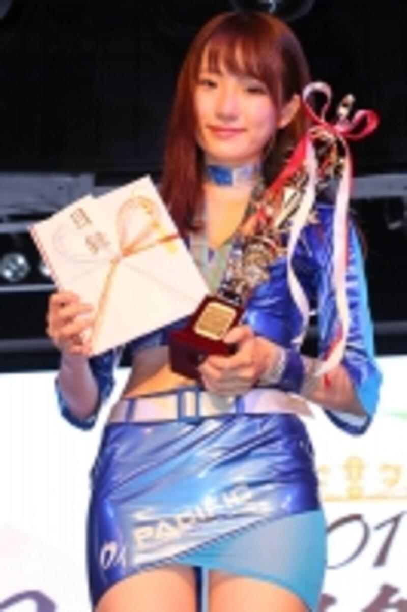 日本レースクイーン大賞2017新人賞でグランプリに輝いた立花はるさん