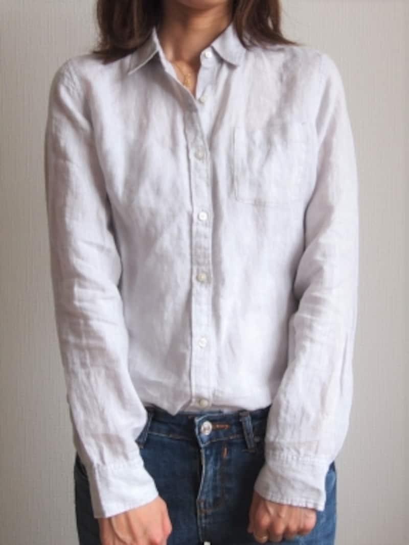 つるつるしすぎないリネン素材&ワンサイズ大きめで袖ぐりに余裕があることがポイント
