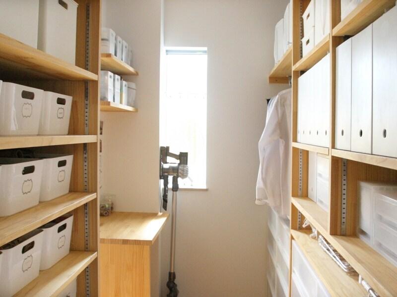 f90409e9291 無印・IKEA・ニトリ活用!シンプルで機能的な収納術 [インテリア ...