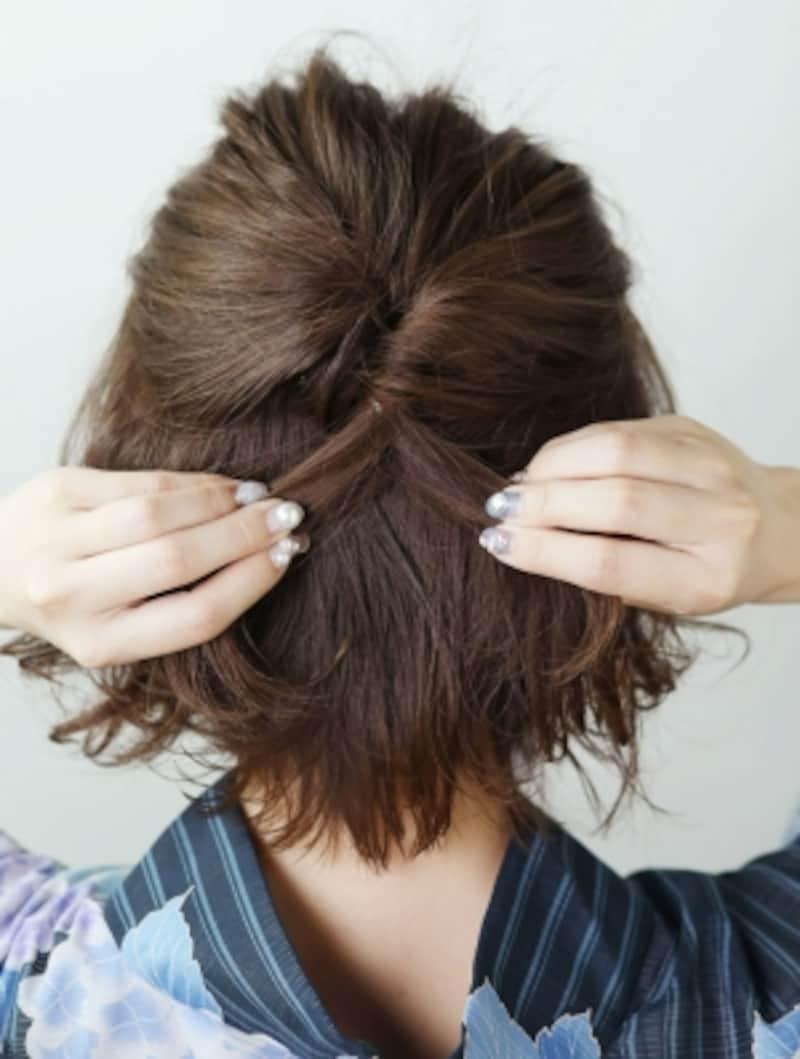 ハチ上の髪をざっくりとり、くるりんぱ