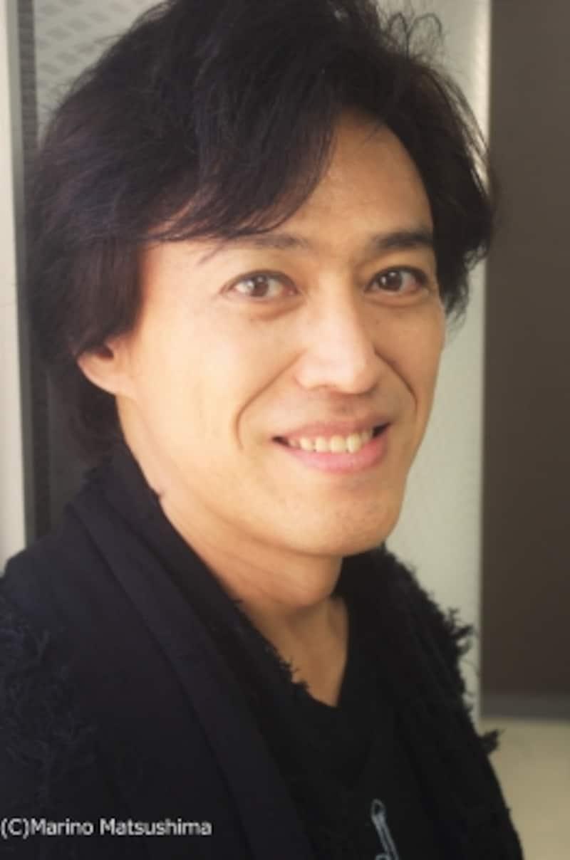 石井一孝undefined東京都出身。92年に『ミス・サイゴン』で舞台デビュー後、『レ・ミゼラブル』『CHESSTHEMUSICAL』『小林一茶』等多数の作品に出演。シンガーソングライターとしても活躍、6作目のアルバムが発売中。(C)MarinoMatsushima