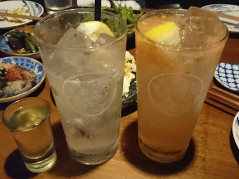 こちらも人気。左から「レモンチェッロで酎」「塩トマトレモン酎」