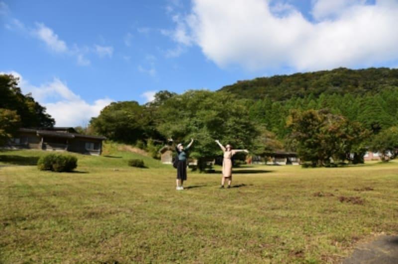 九頭龍神社本宮は、「箱根九頭龍の森」という緑地公園の中にまつられており、お参りするには公園の入口で、入園料500円が必要