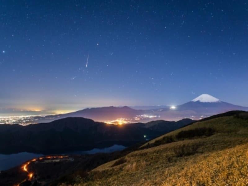 こんな夜景も眺められる「箱根宙旅」(提供:プリンスホテル)