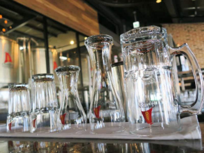 ビールのスタイルに合わせて、いろいろな形状のグラスがあります