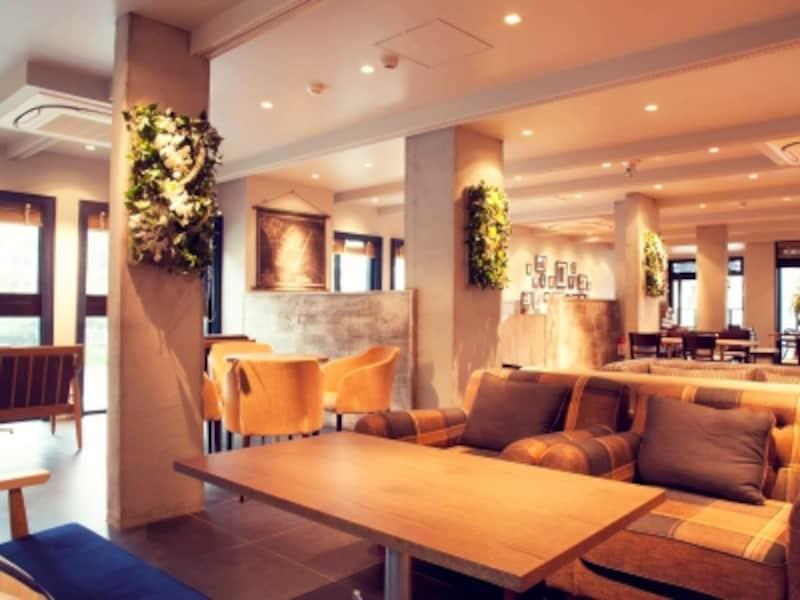 ルームラックスカフェの内装