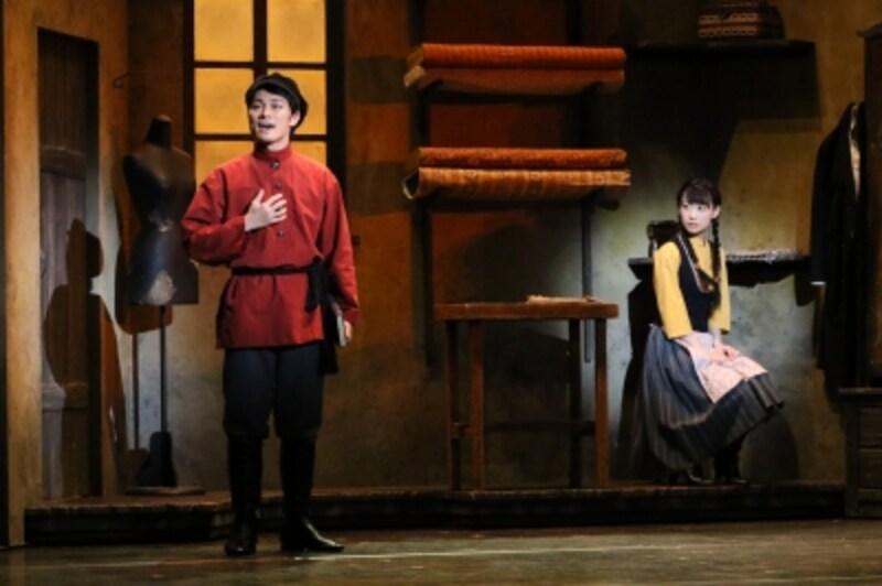 『屋根の上のヴァイオリン弾き』写真提供:東宝演劇部