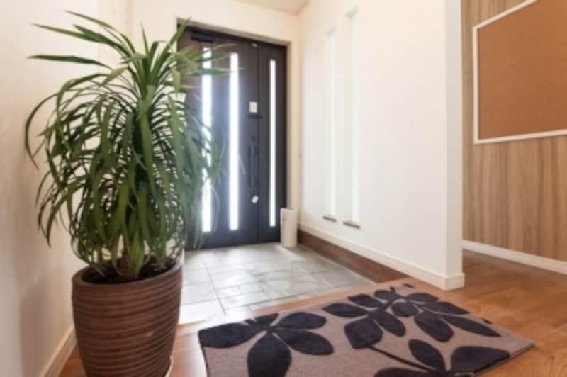 スッキリと明るい玄関が幸運を招く
