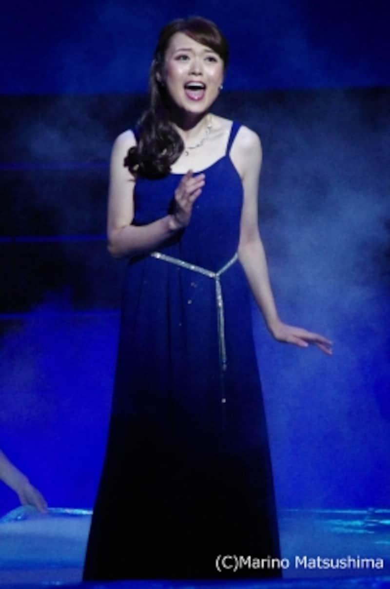 『ソング&ダンス』より「リフレクション(『ムーラン』)」久保佳那子(C)MarinoMatsushima