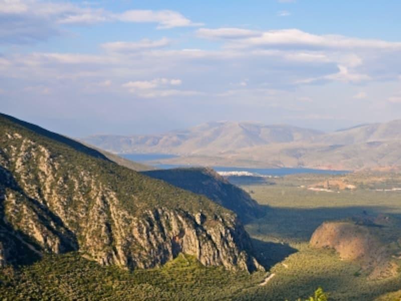 プレイストス渓谷とコリンティアコス湾の絶景