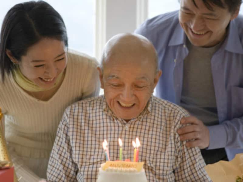傘寿である本人の健康状態などを考慮し、お祝いをしてあげましょう