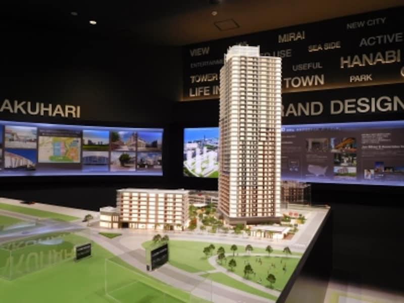 「幕張ベイパークundefinedクロスタワー&レジデンス」の完成予想模型
