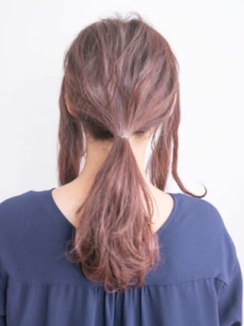 結ぶ位置は頭の下