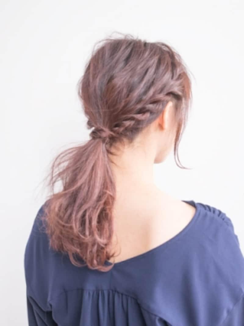 簡単ひとつ結びのねじりヘア
