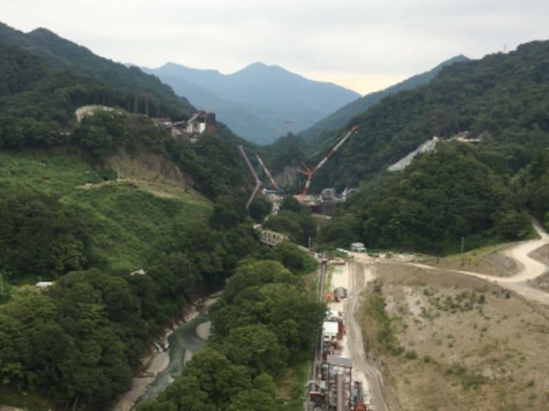 八ッ場大橋からダムを撮影