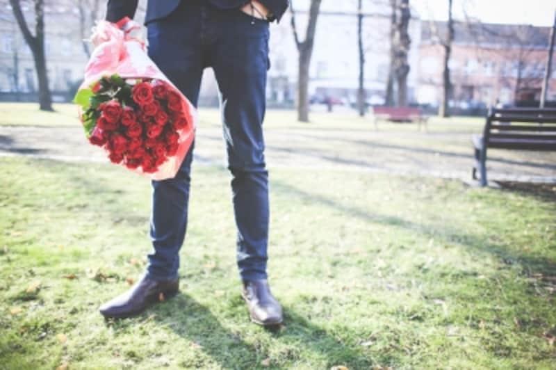 初デートで花束まで持ってくる必要はありませんけどね。。。