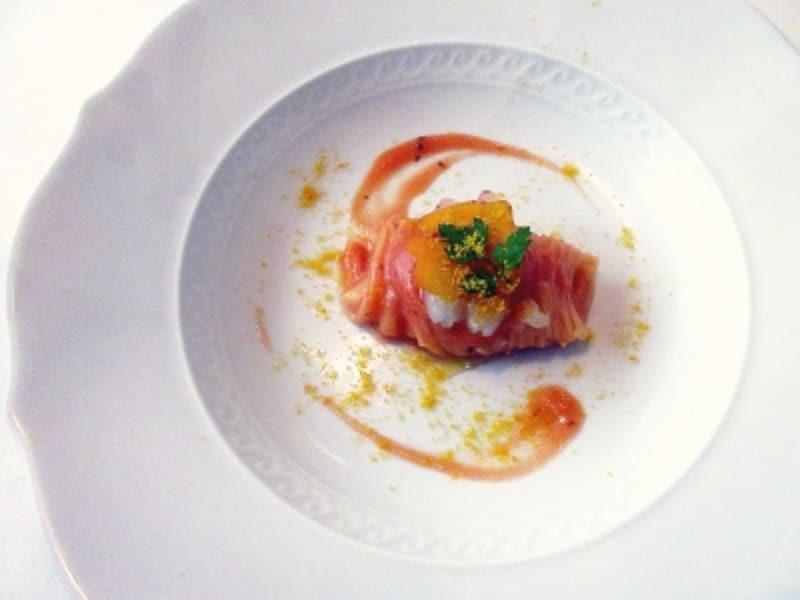 カノビアーノ北海道産縞海老とカラスミの冷製カッペリーニ