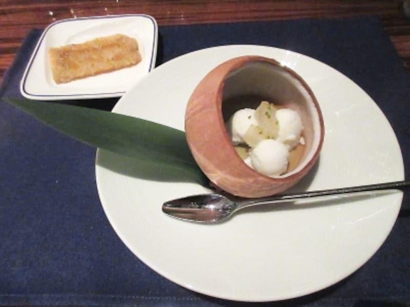 チャイナブルー本日のおすすめデザート