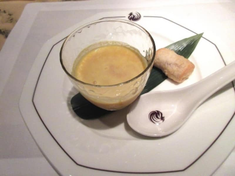 ヘイフンテラスタピオカ入り銀杏と南瓜のスープと安納芋の焼きパイ