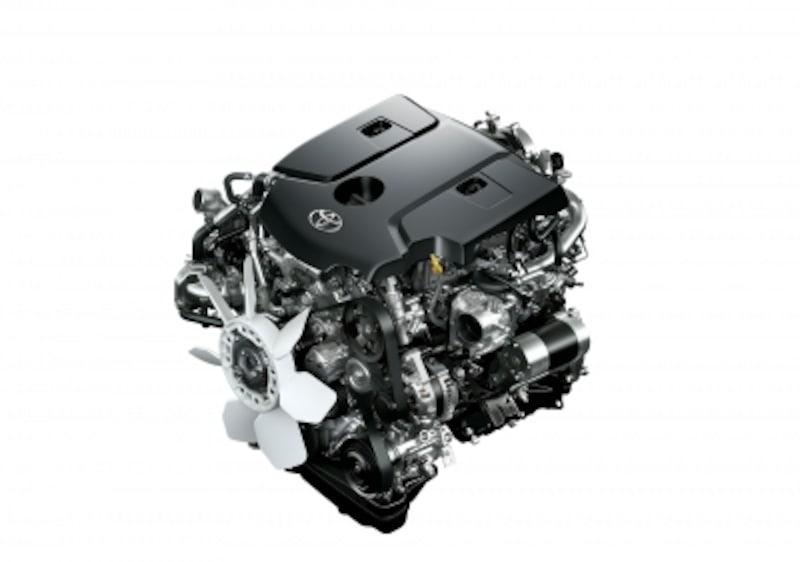 新型ハイラックスのエンジン