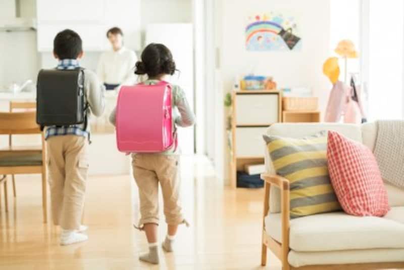 先ずは、子どものペースを見守り、親は言い方を工夫し、時間を守って動けるようにサポートしてあげましょう