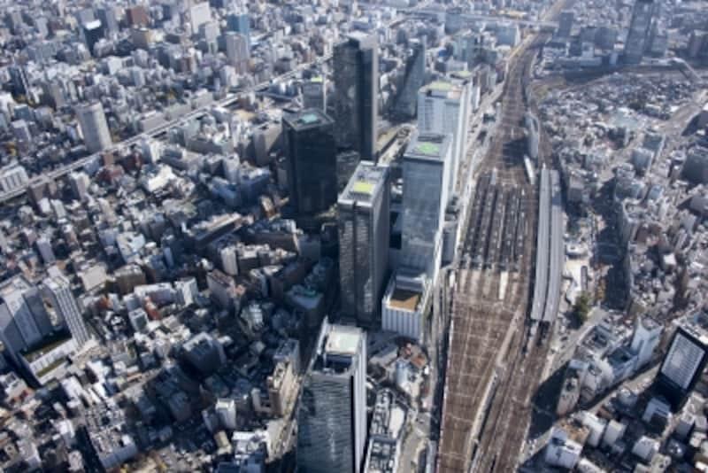 名古屋では「栄地区」vs「名駅地区」の戦いが繰り広げられている