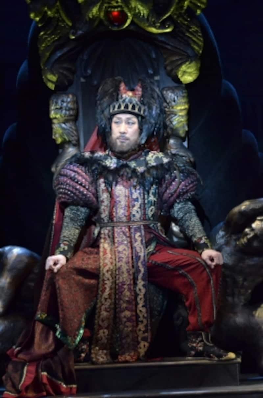 『王様の耳はロバの耳』撮影:阿部章仁