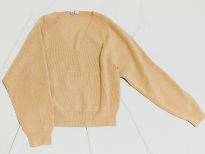 メリノブレンドVネックセーター