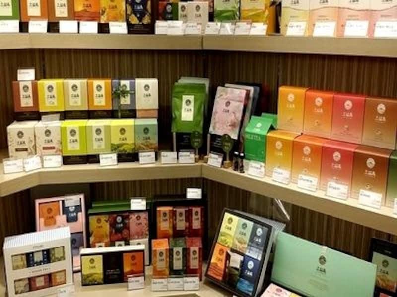あげた人ももらった人も嬉しいステキなお茶の数々。オーソルロックは韓国でも贈答用のお茶ブランドとして人気です【ソウルのおすすめお土産】