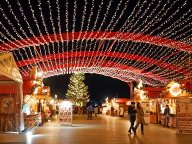 2017年はドイツ西部最大となるケルンのクリスマスマーケットの世界観を再現(2017年11月24日撮影)