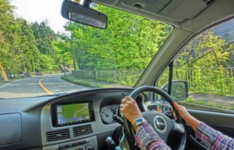 肩こりや腰痛が不安な人は、車の運転での悪化しないか心配になる人もいるようです