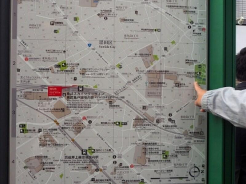 スマホのマップもいいけどこういう地図のほうがわかりやすかったりするね