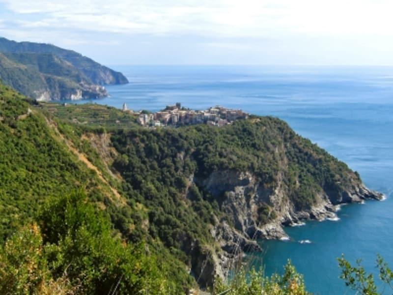 「青の道」から眺めたコルニリア