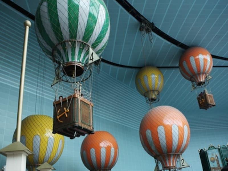 気球にのってアドバンチャーを一周する風船飛行