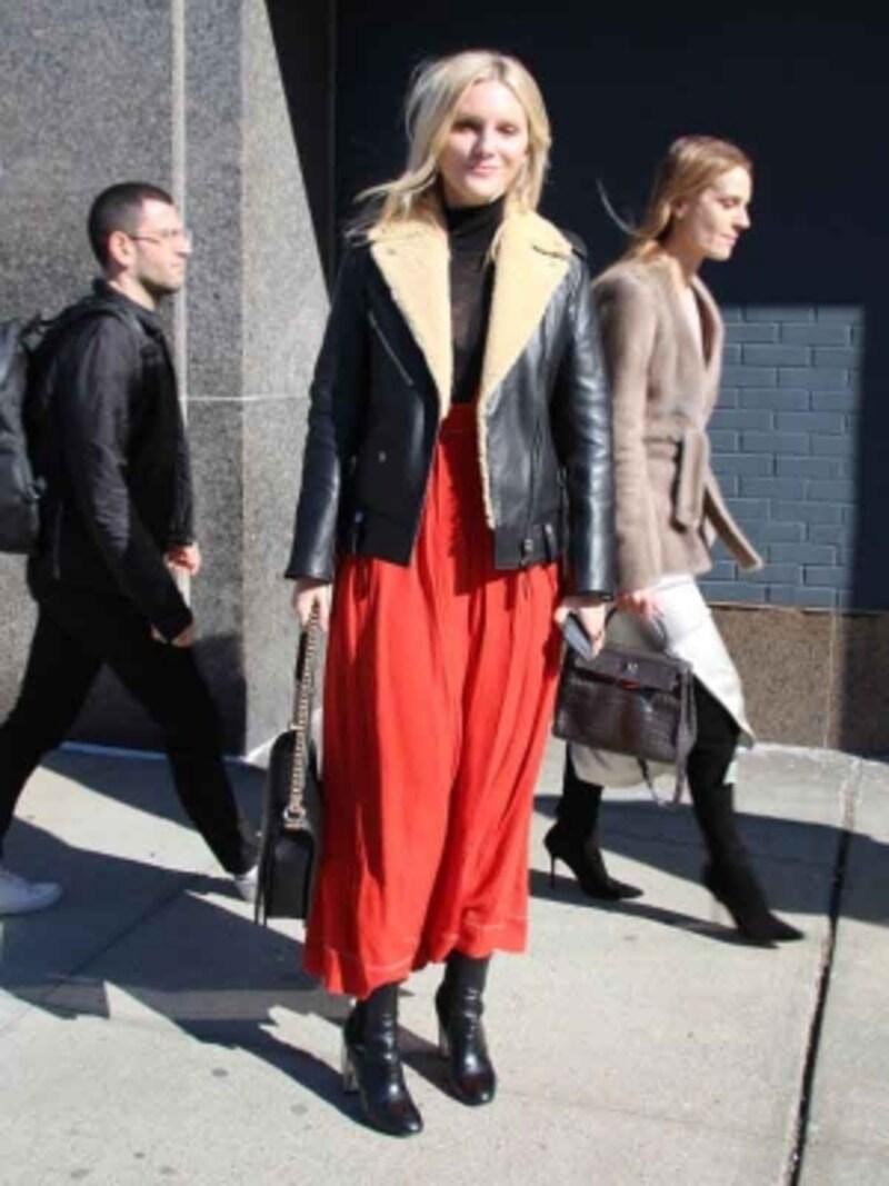赤ふんわりスカート