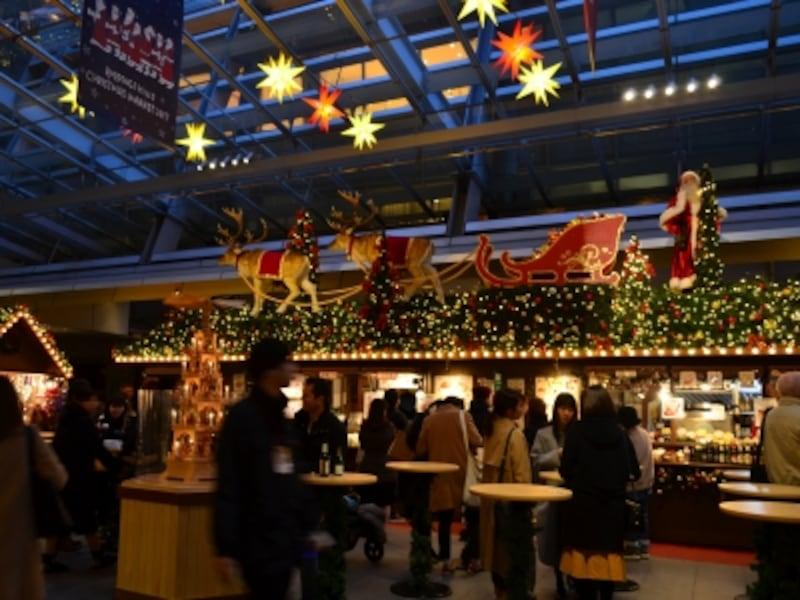 大屋根プラザのクリスマスマーケット