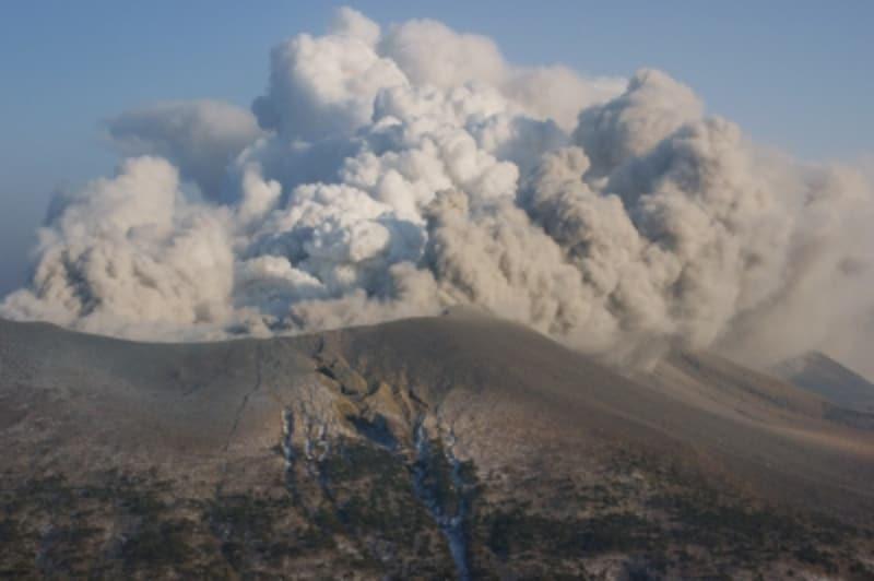 火山による噴火被害は地震保険でカバーできる