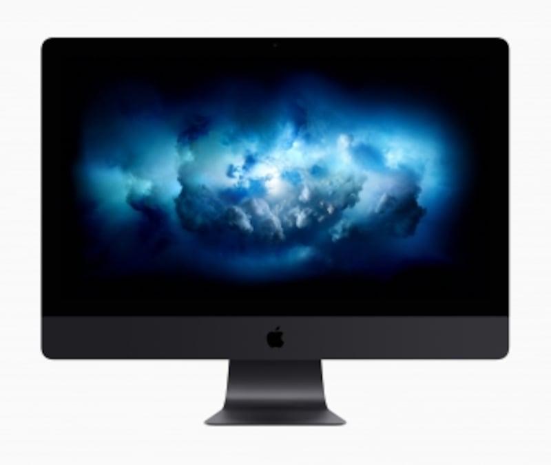 iMacPro正面画像。シルバーのiMacとはまた違った印象だ