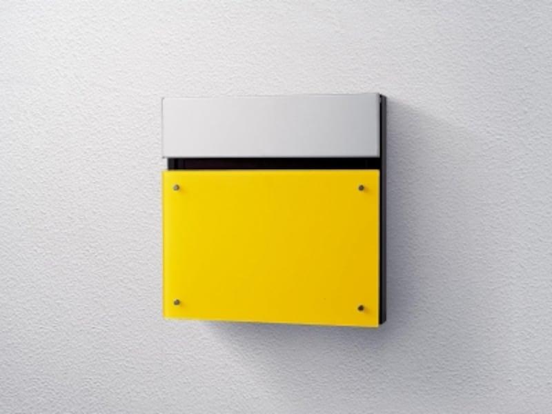 埋込式なので壁からの奥行を抑えた設計。大容量の郵便物が受け取れ、ダイヤル錠で防犯性にも配慮。undefined[サインポストフェイサス-NFRダンディライアン色]undefinedパナソニックエコソリューションズundefinedhttp://sumai.panasonic.jp/