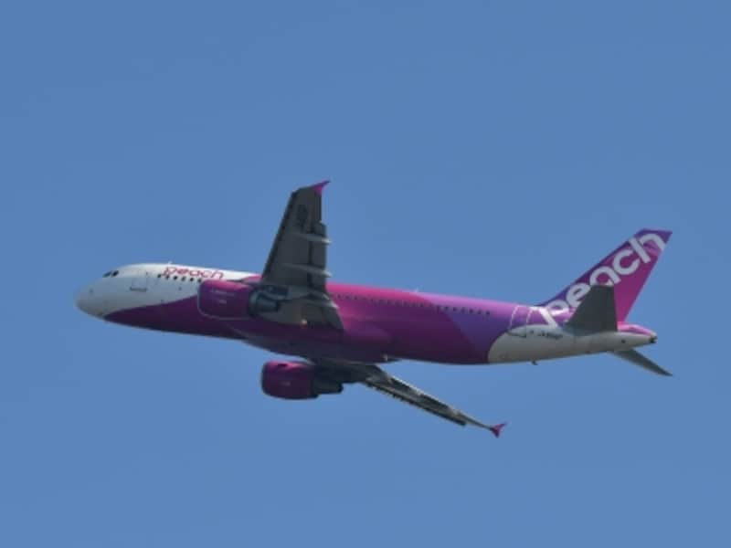大阪(関西)を拠点とする国内LCC、Peach。羽田などその他の空港から台湾を結ぶ便も運航しています