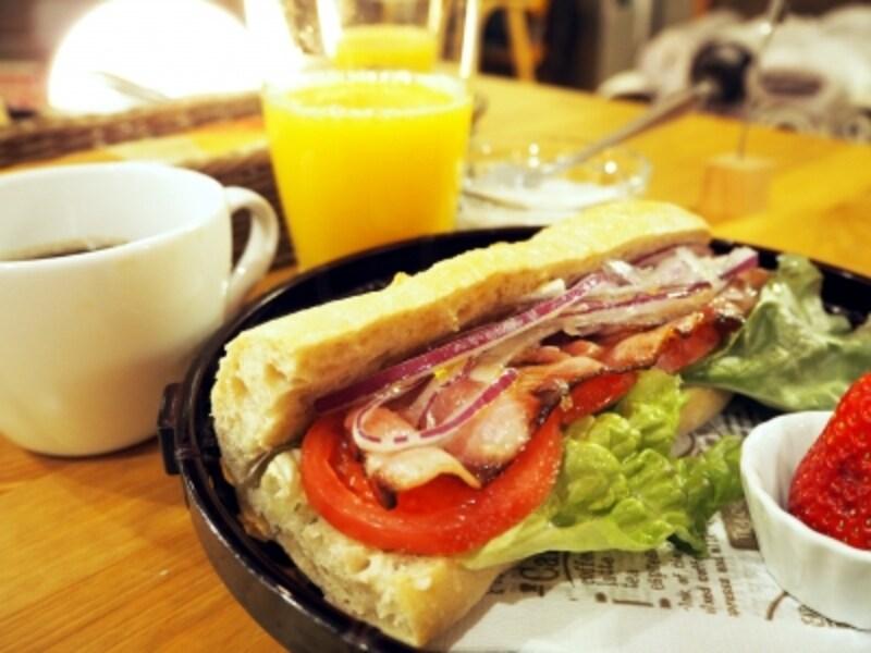 小石屋.小石屋旅館.朝食.サンドイッチ.モーニング...