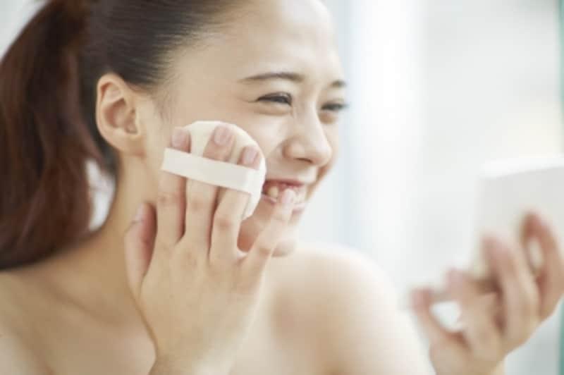石鹸で落とせる肌に優しいミネラルファンデーションとは?