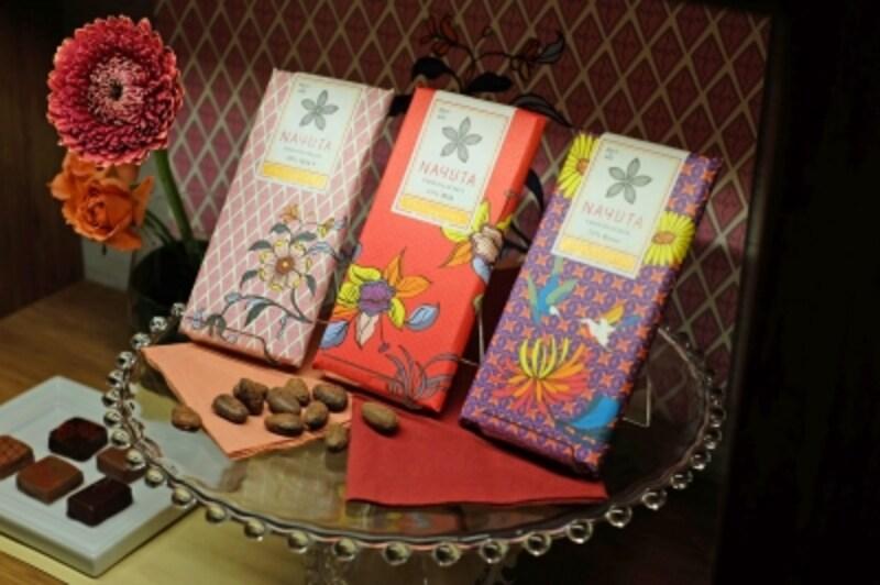 ナユタチョコラタジア「タブレットマレーシア」右から72%Bitter1080円、51%Milk972円、40%Milk+972円(税込)