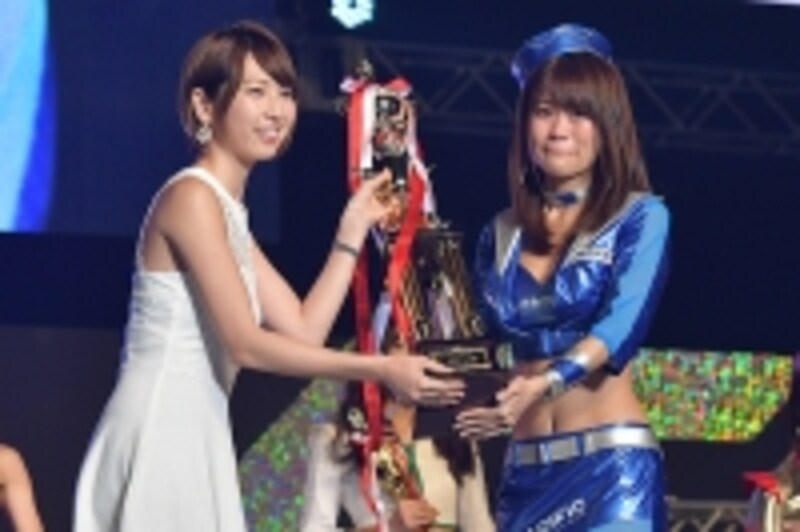日本レースクイーン大賞グランプリを獲得した阿久津真央さん