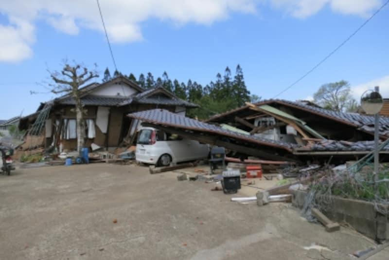 熊本地震では木造家屋の倒壊が多く見られた。