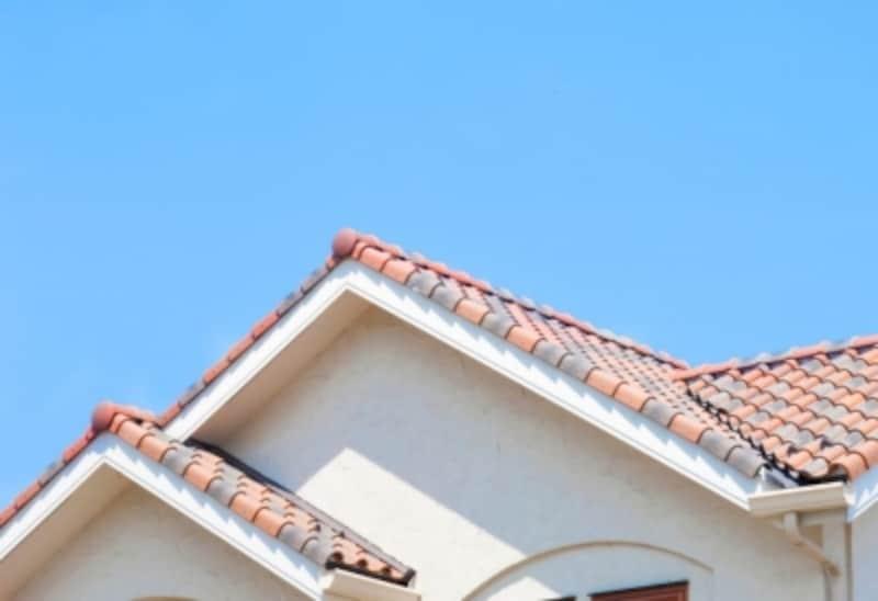破風板とは屋根を構成する部位