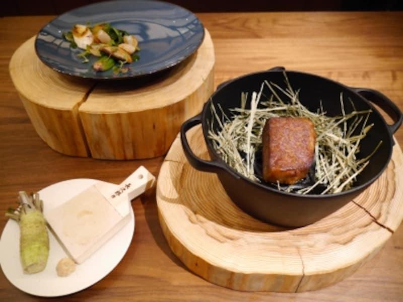 東京都産黒毛和牛秋川牛と東京野菜のロースト藁のスモーク奥多摩わさび