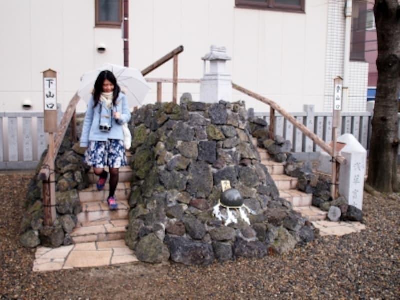 浅草富士浅間神社の富士塚
