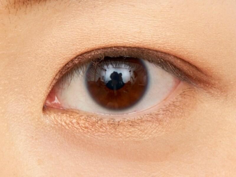 プチプラアイシャドウ1 ケイト 陰影の効いた印象的な目元が簡単に作れます