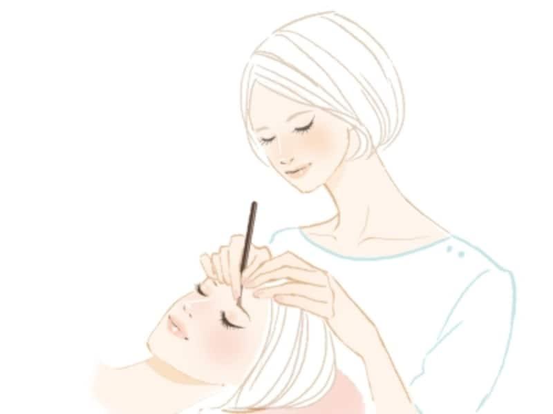 大人の40代女性が取り入れるべき眉毛メイク・眉ケアとは?